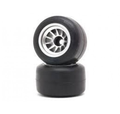 F1 Arka lastik yeni model