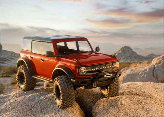 TRX-4 2021 Ford Bronco Kaya Tırmanış Aracı 1/10 2.4GHz